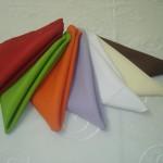 Guardanapos de diversas cores